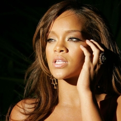 OMG - I just hate Rihanna video Facebook scam spreading