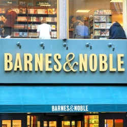Thieves rig Barnes & Noble PIN pads to steal credit card data