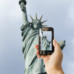 Feds swoop in, snatch mobile phone tracking records away from ACLU