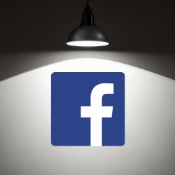 Facebook privacy under spotlight as thousands join class action lawsuit