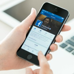 Facebook. Image courtesy of Bloomua / Shutterstock.com