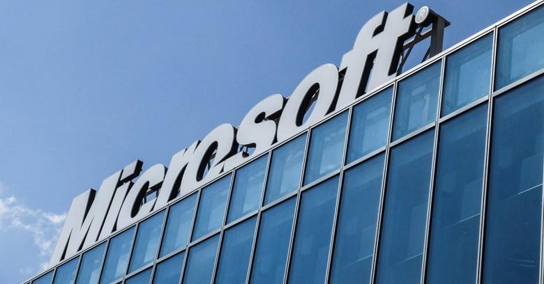 Verizon wants a $1bn discount off Yahoo bid after data breach