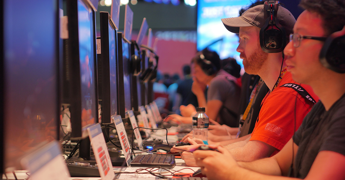 Hackers spam Counter-Strike: Global Offensive to spotlight