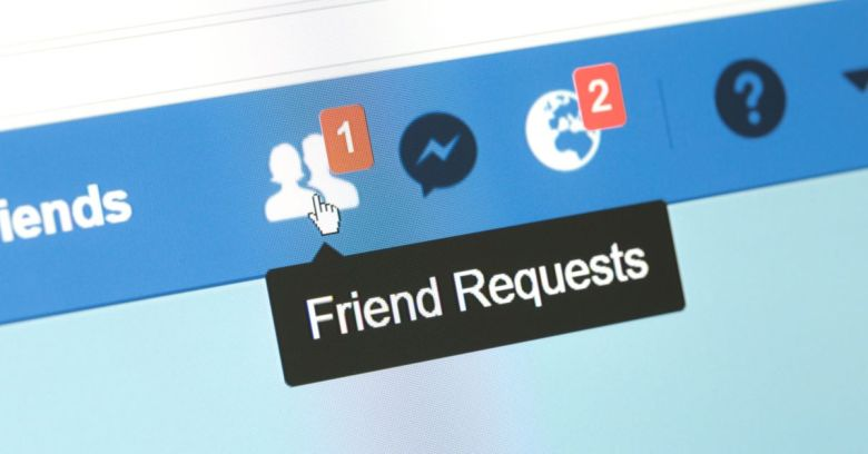 Friend request on facebook mobile