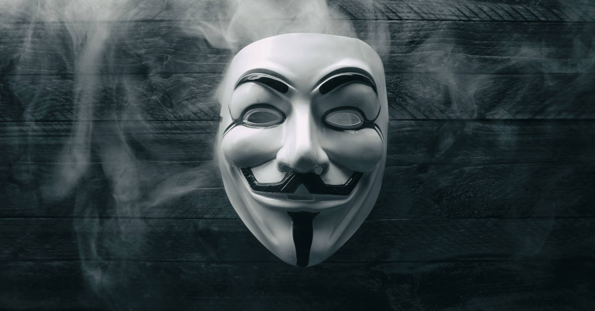 """""""Face of Anonymous"""" suspect deported from Mexico to face US hacking charges"""